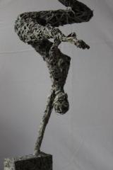 ARMONIA IN BALANCE_2015_papier holz_59 x 38,5 x 18,5 cm (4)